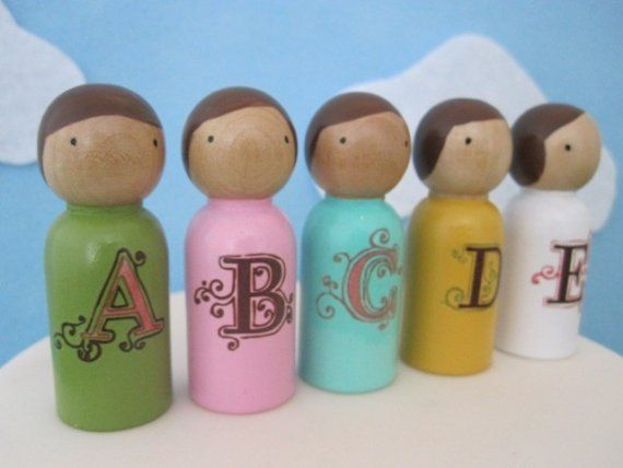 Alphabet Peg People - note to self:  simple letters and in black and white?