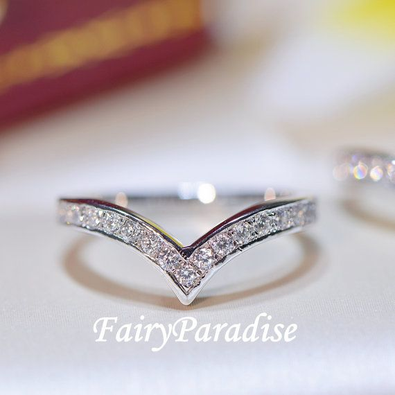 Chevron Wedding Band Stacking V ring pointy ring by FairyParadise