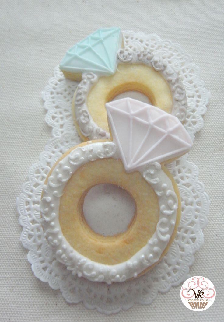 Diamond ring cookies   Wedding cookies, Wedding cake ...