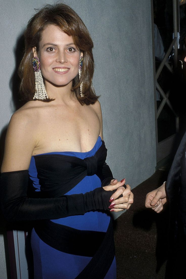 Sideboobs Sigourney Weaver naked (87 foto and video), Topless, Hot, Selfie, see through 2020