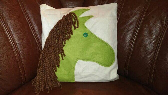 pferde kissen f r kinder coole ideen pinterest. Black Bedroom Furniture Sets. Home Design Ideas