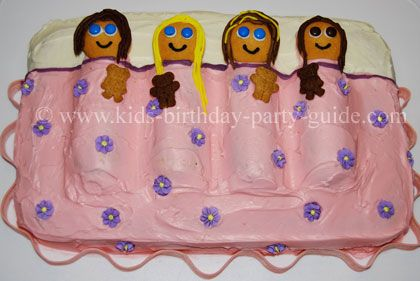 "What a cute idea for a little girl's sleepover...hostess twinkies for the ""body"" and vanilla wafers for the ""faces""...how cute is this! :-)"
