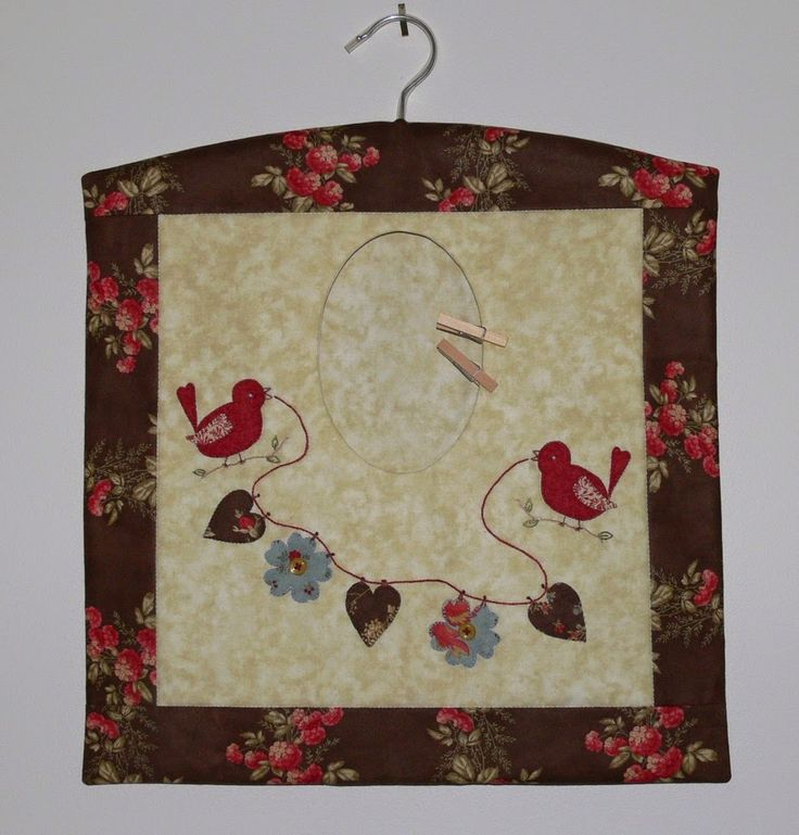 Brighten up your wash day with the Red Robin peg-bag. Val Laird Designs