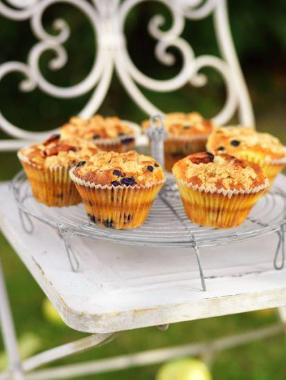 Det här är Leilas favoritmuffins. De är som muffins och smulpaj i kombination och otroligt saftiga.