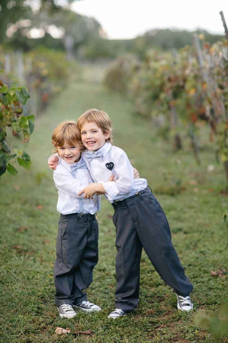 Ring bearers. Photography: Anne Marie Photography - annemariephotography.com