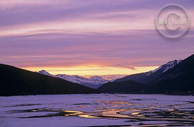 jnp0058 medicinelake jaspernationalpark Jasper National Park, Maligne Lake Hikes