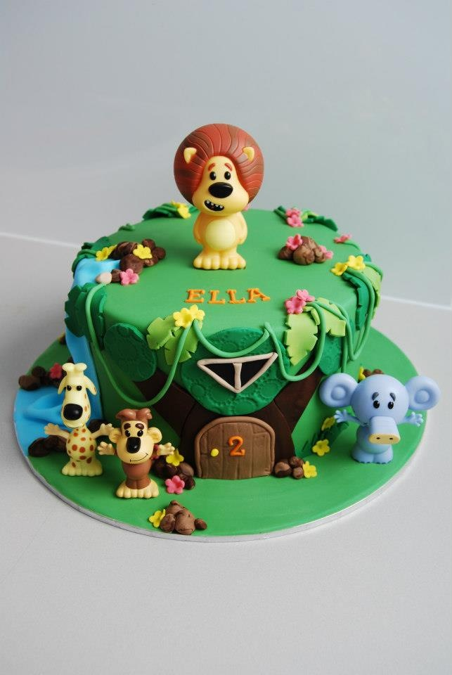 34 Best Jamies 1st Birthday Party Images On Pinterest Jungle Cake