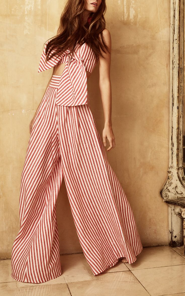 See sun shining through dress - See The Complete Johanna Ortiz Resort 2018 Collection