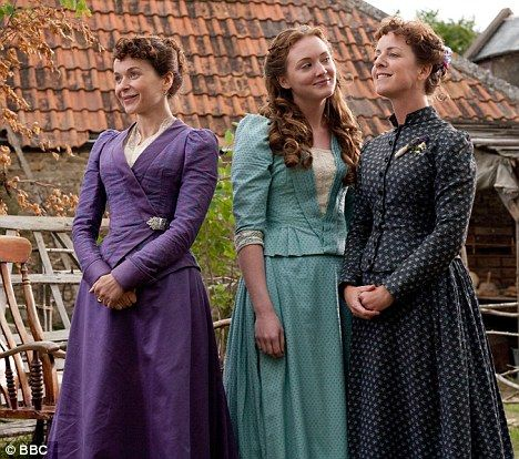 Dorcas Lane, ()Julia Sawalha, Laura Timmins (Olivia Hallinan), and  Emma Timmins,( Claudia Blakley)