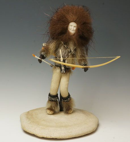 "Glenda McKay (Athabascan), ""Guardian of the North,"" courtesy of Home & Away Gallery. http://homeandaway.gallery/product/guaridan-of-north/"