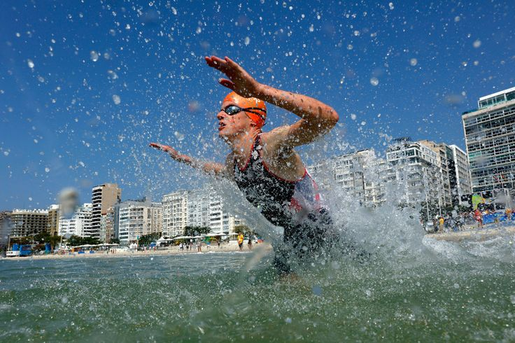 Jonathan Brownlee of Great Britain competes during the Men's Triathlon at Fort Copacabana on Day 13 of the 2016 Rio Olympic Games on August 18, 2016 in Rio de Janeiro, Brazil.