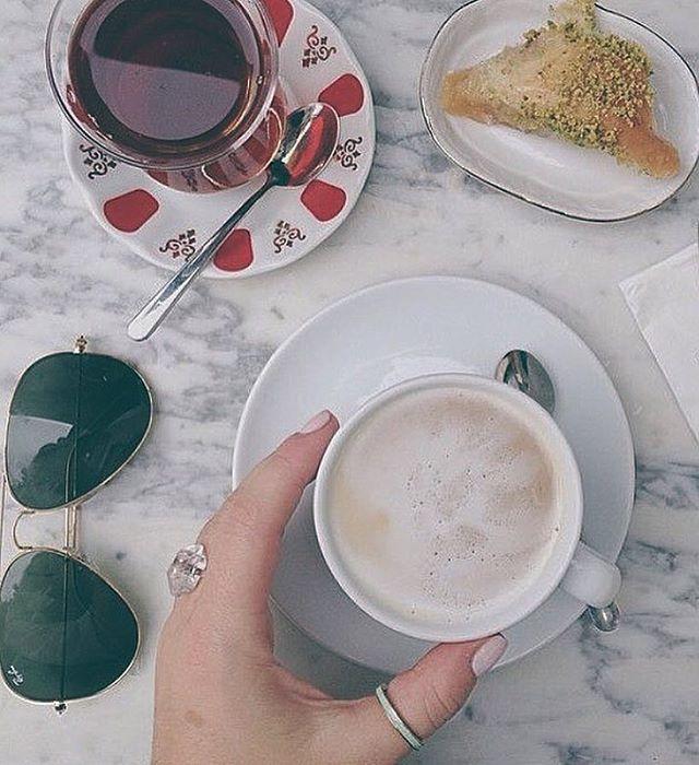 zpr Bom dia 5a feira! ☕️ // #bomdia #morning #coffe #5afeira #quintafeira #tbt #tuesday  #frasedodia #acessorios #bijoux #bijuteria #bijuteriaonline #ecommerce #ecommercedebijoux #youinacessorios #youinconsultoria #YOUIN  
