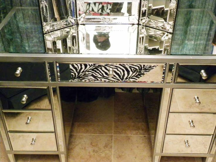 25+ best ideas about Mirrored vanity on Pinterest | Mirrored ...