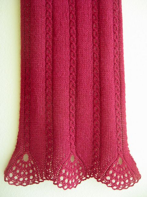 Tiare Scarf by WendysKnitch, via Flickr $6 on Ravelery - Would be awesome as a skirt hem...