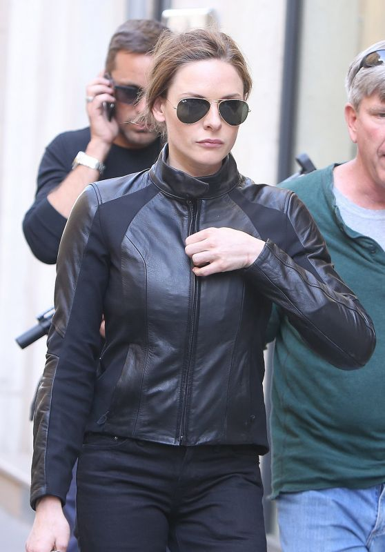 """Rebecca Ferguson - Leave """"Mission Impossible 6"""" Shooting in Paris, May 2017"""