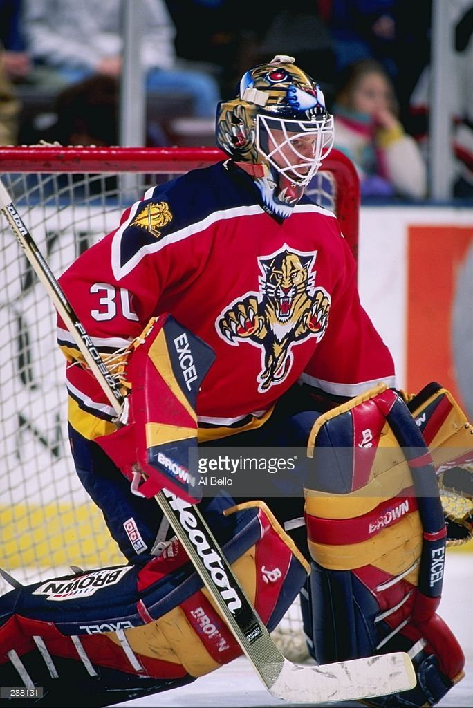 feb-1997-goaltender-mark-fitzpatrick-of-the-florida-panthers-looks-on-picture-id288131 (684×1024)