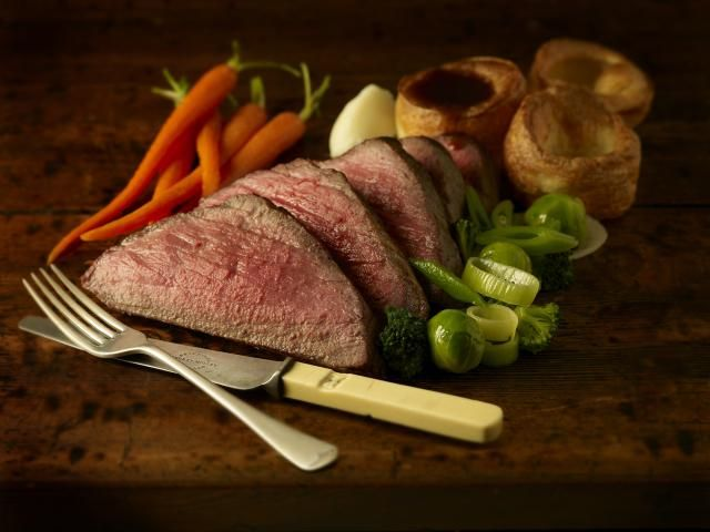 27 Recipes for a Truly British Sunday Lunch: All the Recipes You Need to Make a Great British Sunday Lunch