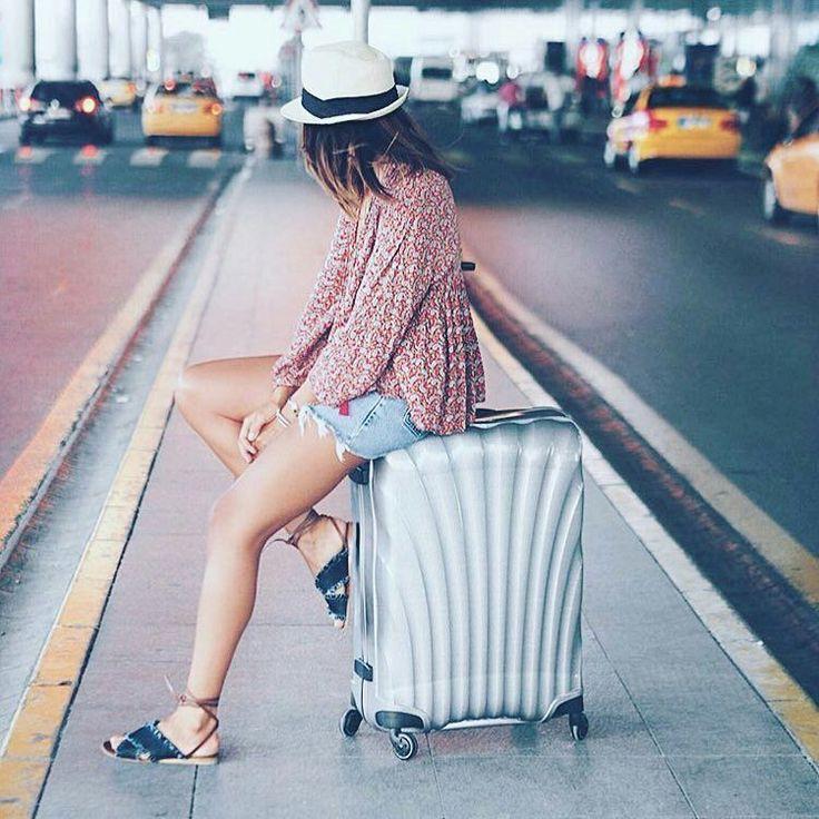 夏旅の準備はOK旅行に持っていきたい素敵なスーツケースを集めました