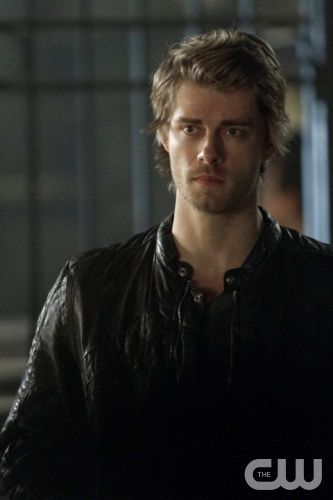 "The Tomorrow People -- ""A Sort of Homecoming"" Luke Mitchell as John -  Photo: Michael Courtney/The CW -- ©2014 The CW Network, LLC. All rights reserved."