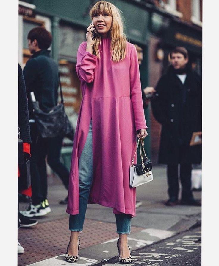 @stylesightworldwide   #fashion #inspiration #ootd #style #outfit #look #essentials #dailyinspo #outfitoftheday #details #styleinspo #chic #stylish #streetstyle #fashioninspiration #fashioninspo #inspo #fashiondiaries #london #fashionista #pfw #lfw #mfw #nyfw #fashionweek #repost