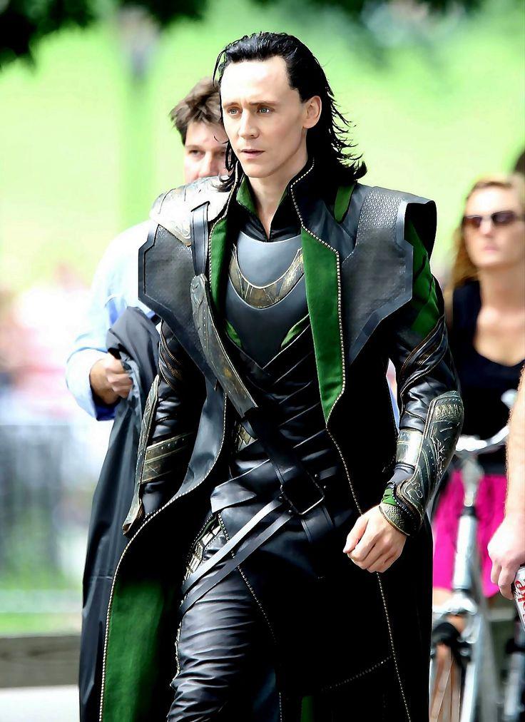 Tom Hiddleston as