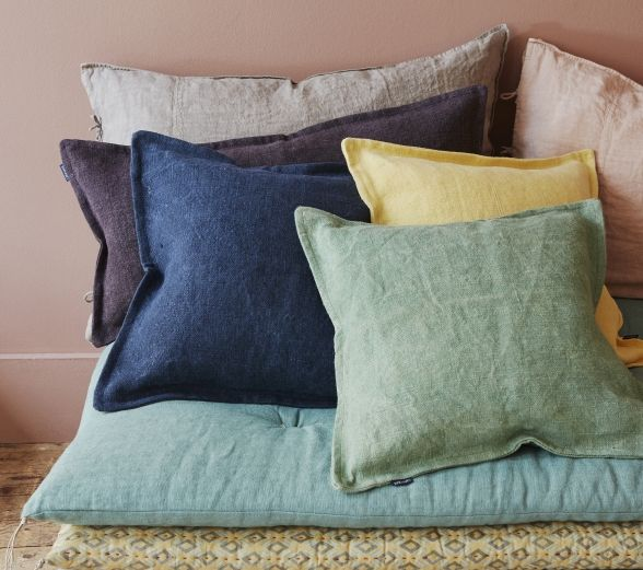 les 25 meilleures id es de la cat gorie salons de toile de. Black Bedroom Furniture Sets. Home Design Ideas
