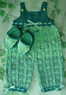 Tina's handicraft : crochet-booties-spiper-juicy-apple--craft