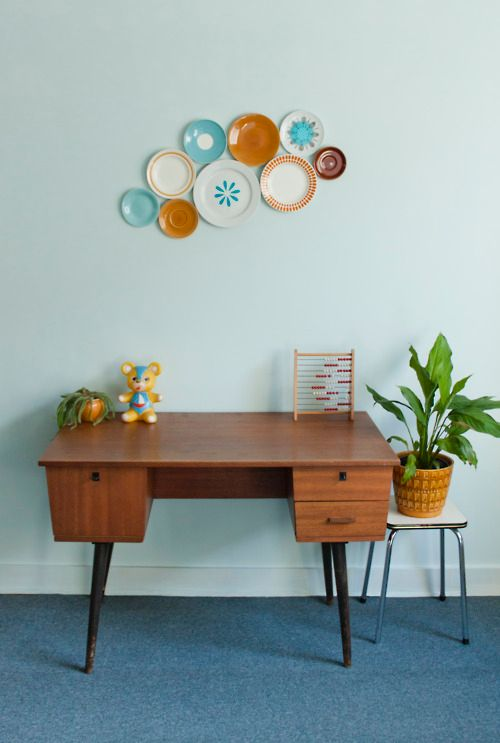 les 25 meilleures id es de la cat gorie grandes assiettes midcentury sur pinterest ensembles. Black Bedroom Furniture Sets. Home Design Ideas