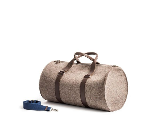 http://www.fastcodesign.com/3038711/wanted/new-bags-let-you-carry-around-a-piece-of-knoll?partner=rss