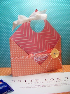 Adorable treat holder / goodie bag PLUS tutorial for how to make it :-)  CTMH Dotty For You collection