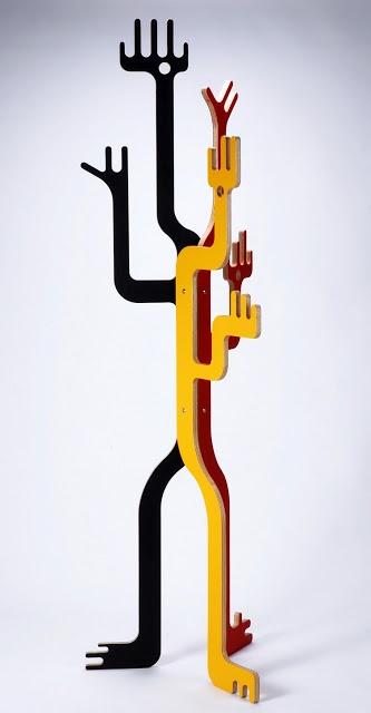 Cabideiro Totem, criação da Quadrante Design