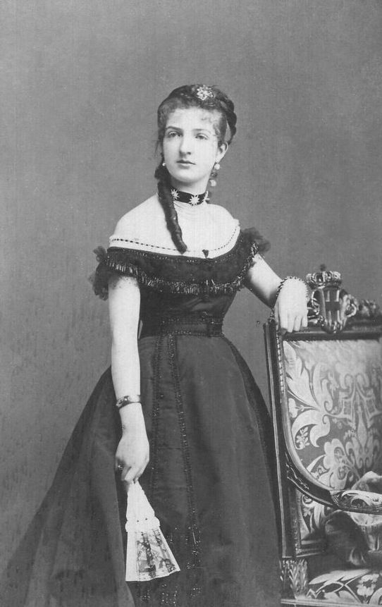1869 - Queen Margherita di Savoia Evening Dress Front View.