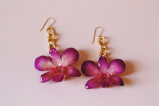 Pin By Peyton Swanson On Closet In 2020 With Images Orchid Earrings Orchids Purple Orchids