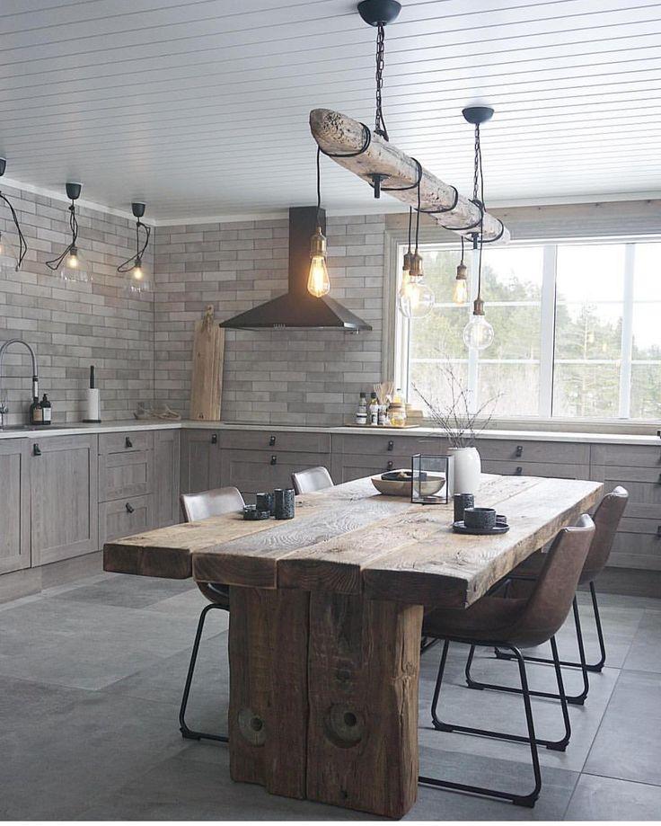 """13.2k Likes, 120 Comments - CC-styling (@casachicks) on Instagram: """"-From our cabin- Mannen har vært på hytta alene denne helgen og jobbet. Nå er det snekret benk her…"""""""