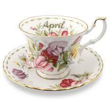 Royal Albert  fiori del mese  Coffee cup & saucer  di DoubleRandC