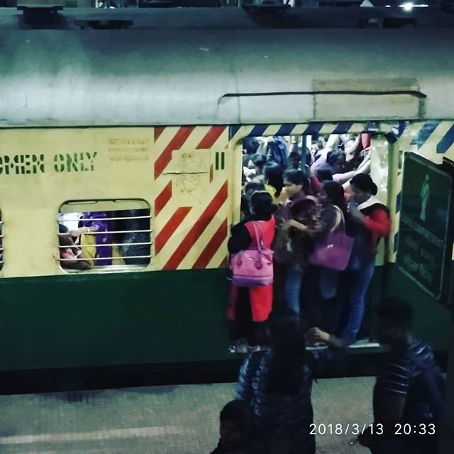 Another Pic  thoda adjust karlo.. #kolkata #indianrailways #india #daily