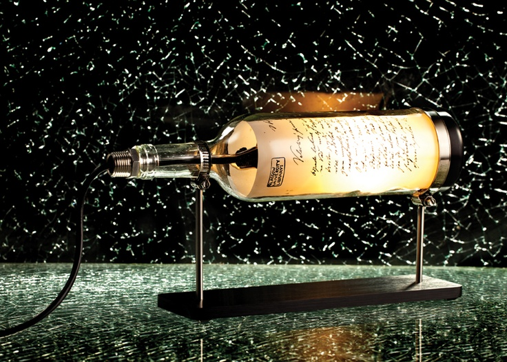 Wine Bottle Lamp: Patriot