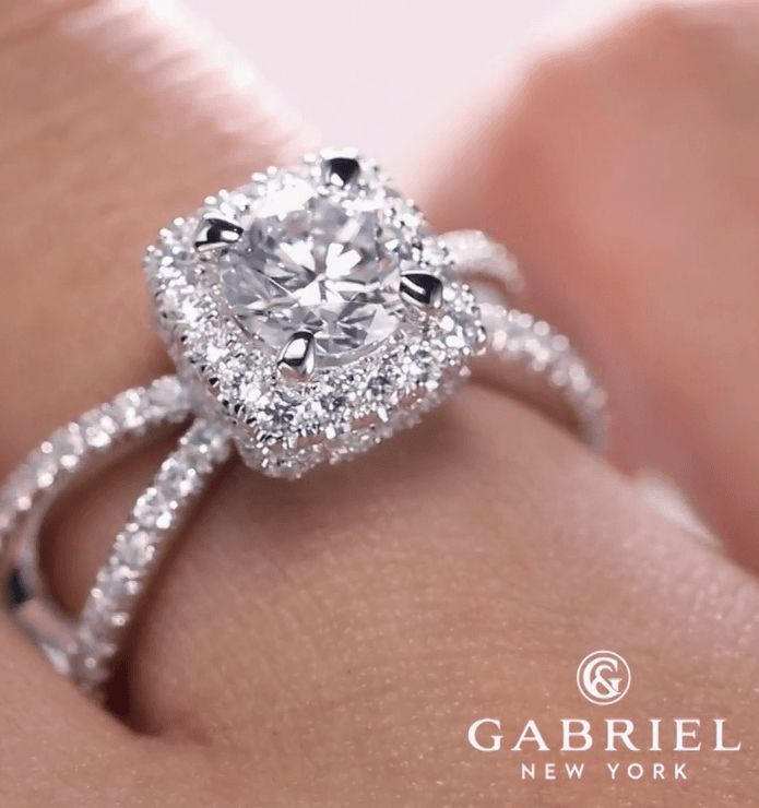 Pin On Gabriel Co Engagement Rings And Wedding Rings Emerald Lady Jewelry Destin Fl
