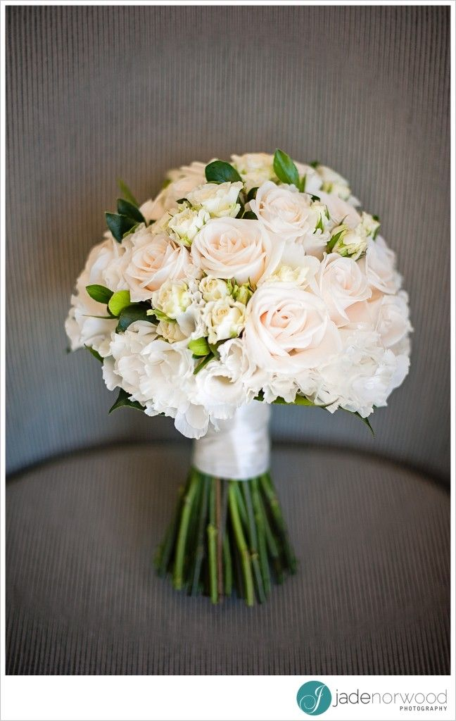 wedding bouquets adelaide best 25 ivory wedding bouquets ideas on white 8491