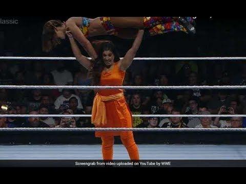 WWE fight, Women fighting in Public like Kavita Devi   First Round Match...