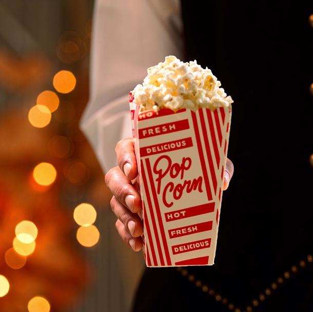 Você conhece a origem da combinação pipoca e cinema?