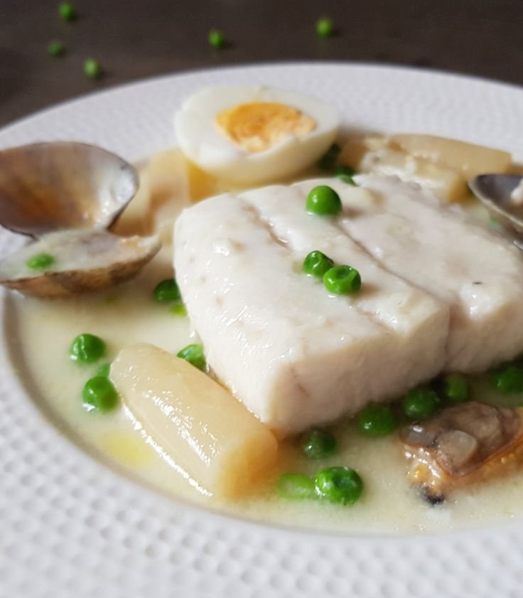 Pescadilla en salsa