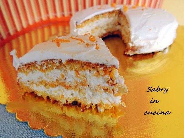 Torta carote e mandorle a strati - Sabry in cucina