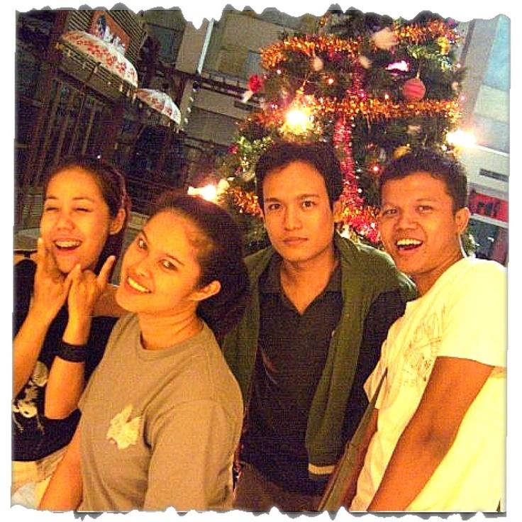 #christmas #centro #friends #narsism #kuta #rockerz