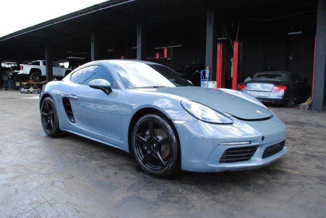 Pin By Noah Poblete On Car Porsche 718 Cayman Salvage Cars Car Auctions