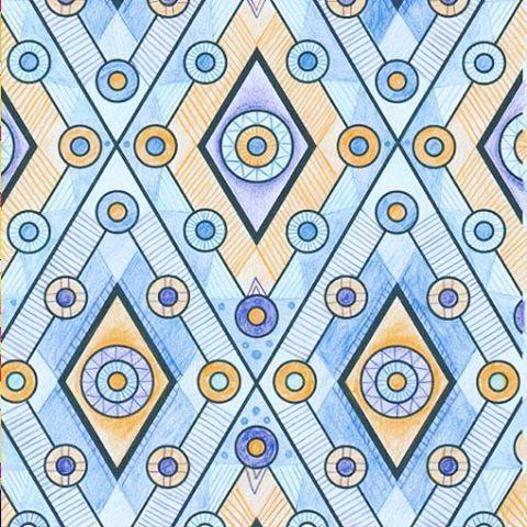 """Для того, чтобы придать рисунку объем, попробуйте заполнять пустые пространства фигурами. Зигзаги, волны, квадраты помогут создать эффект многослойности и глубины, и сделать готовые работы более эффектными! Полезные советы по техникам раскрашивания вы найдете в рубрике """"Художественная мастерская"""" в каждом выпуске журнала """"Арт-терапия""""! #hachette_art"""