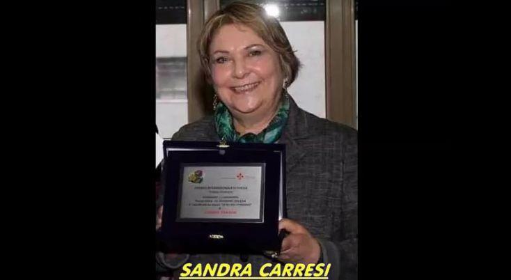 Programmazione del 13 02 2015 – Sandro Salidu di Radio Discussione intervista la scrittrice e poetessa Sandra Carresi