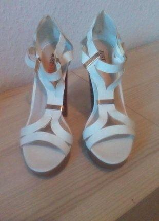 Kaufe meinen Artikel bei #Kleiderkreisel http://www.kleiderkreisel.de/damenschuhe/hohe-schuhe/150095094-super-schone-bequeme-high-heels-grosse-38-von-justfab