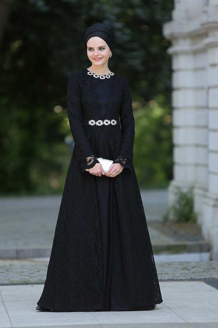 https://www.naylavip.com/puane-evening-dress-4750s