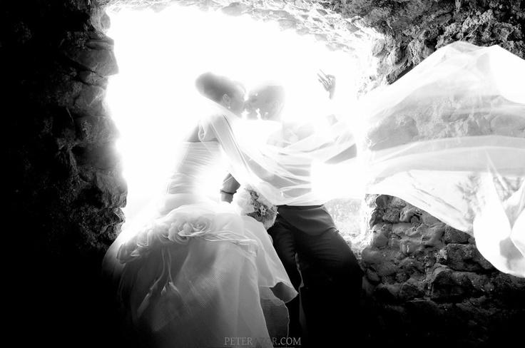 V okne pevnosti.  (Martin a Marcela, Bzovík)
